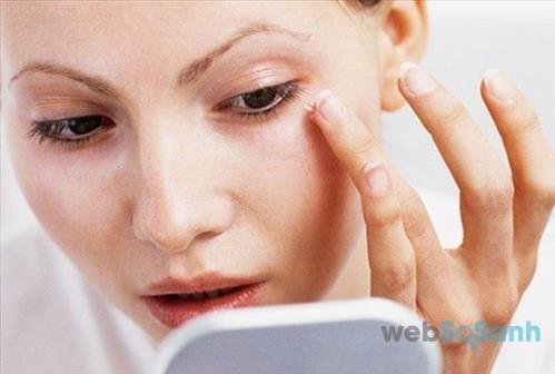 Sử dụng kem chống nắng cho mắt là điều vô cùng cần thiết