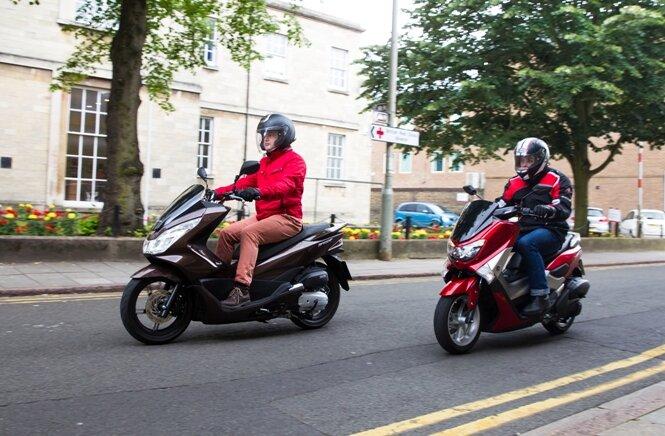 Honda PCX 125 và Yamaha NMAX 125 ai sẽ chiếm ngôi vương?