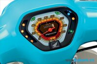 """Honda Super Cub 2015 mới nhất """"xuất xưởng"""" tại Thái Lan"""