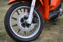 Phanh xe máy bị kêu: nguyên nhân và cách xử lý