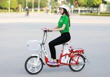 Hướng dẫn cách đi xe đạp điện đúng và an toàn nhất