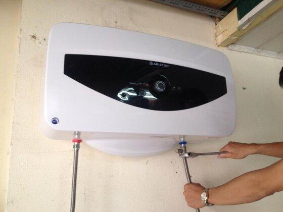 Hướng dẫn cách lắp đặt bình nóng lạnh gián tiếp Ariston