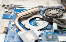 Hướng dẫn cách vệ sinh laptop đầy đủ các bộ phận sạch như mới