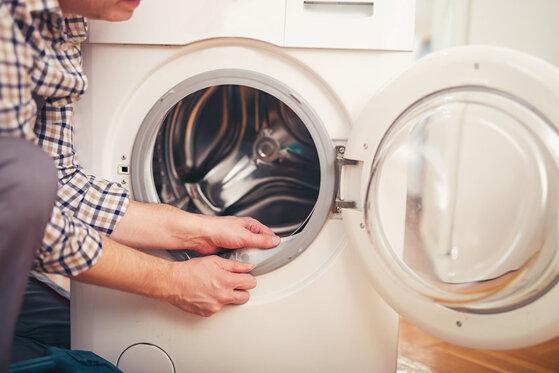 Hướng dẫn cách vệ sinh máy giặt cửa ngang Samsung sạch như mới