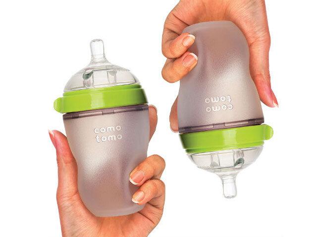 Hướng dẫn chi tiết cách vệ sinh và tiệt trùng bình sữa Comotomo