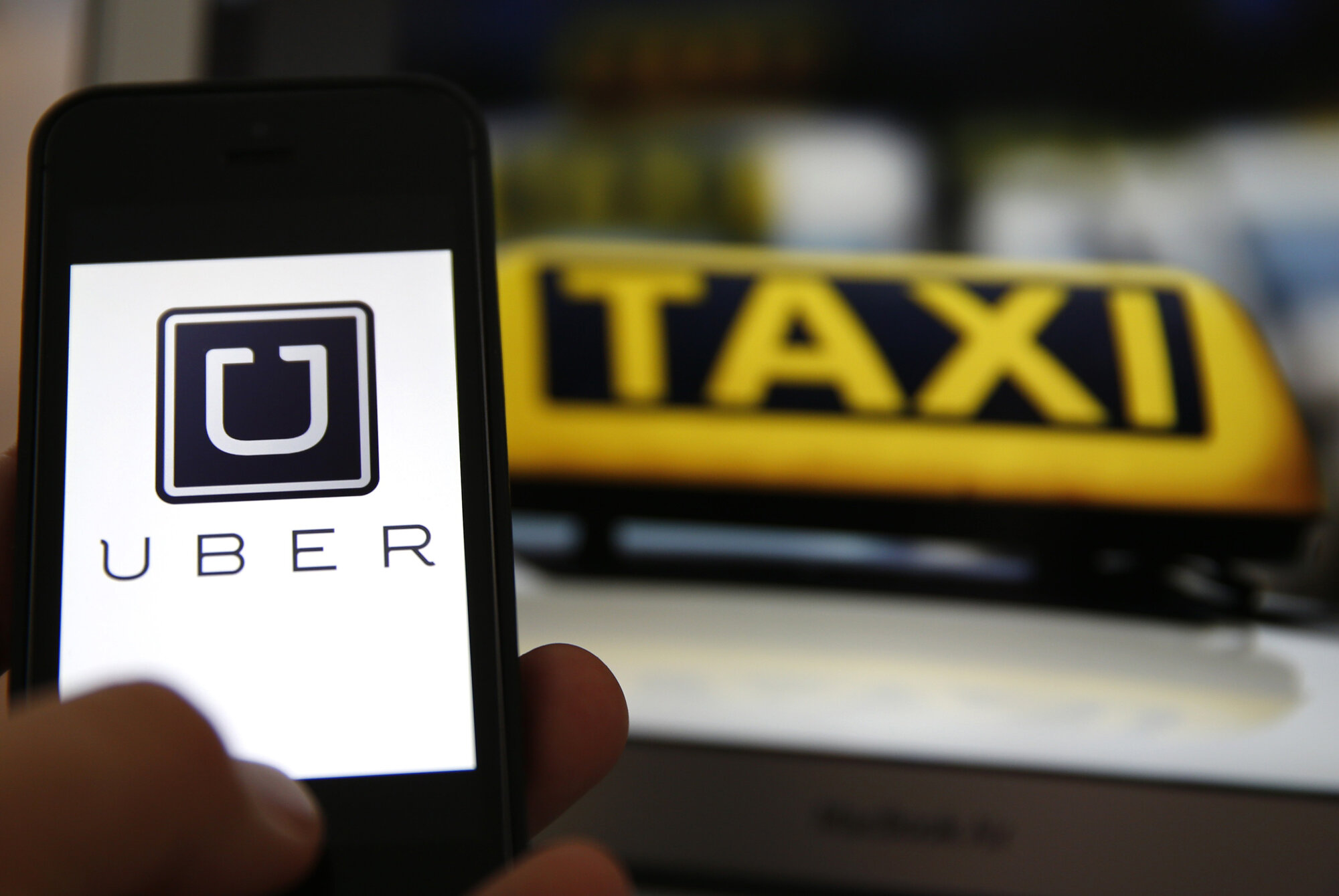Hướng dẫn chi tiết thủ tục đăng ký trở thành lái xe Uber taxi