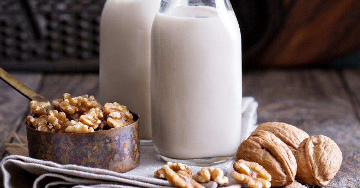 Hướng dẫn mẹ làm sữa gạo lứt óc chó giúp tốt cho hệ tiêu hóa của bé, giảm mỡ máu và ngăn ngừa các bệnh tim mạch cho cả gia đình