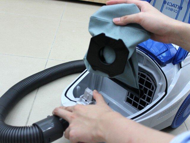 Hướng dẫn vệ sinh máy hút bụi hằng ngày