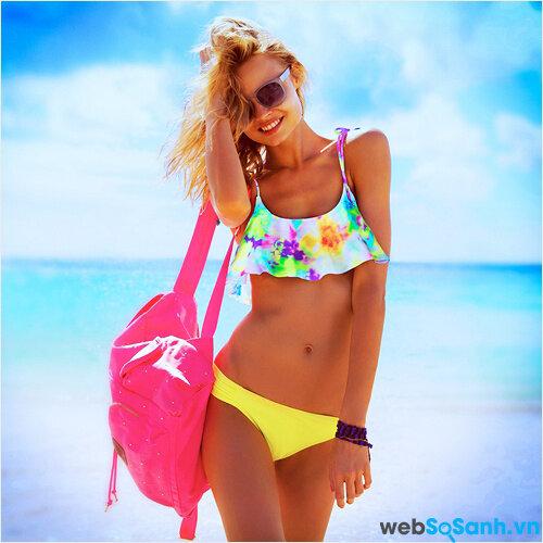 Hút mắt với những bộ bikini hai mảnh dành cho các cô gái trong mùa đi biển