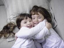 5 đức tính cha mẹ có thể dạy cho trẻ trước 5 tuổi