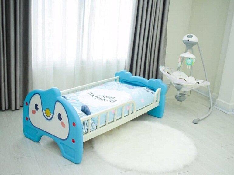 Giường nhựa cho bé sơ sinh hình thú