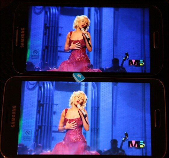 Galaxy S5 at the bottom vs Galaxy S4 during video display