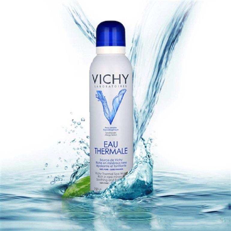 Xịt khoáng Vichy: Lựa chọn của phái đẹp vào ngày hè nắng nóng