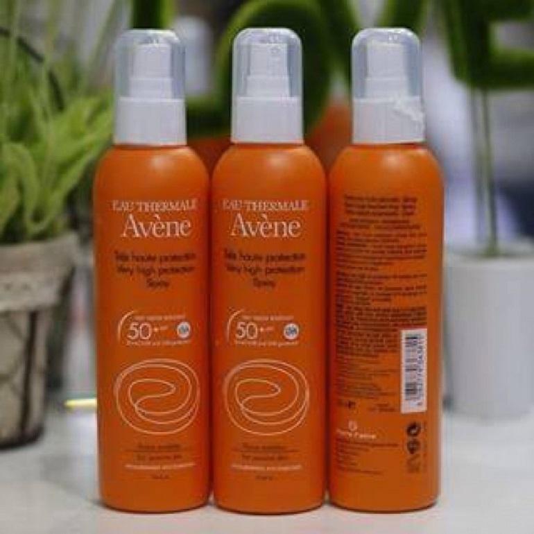 Kem chống nắng dạng xịt Avene Very High Protection Spray SPF 50