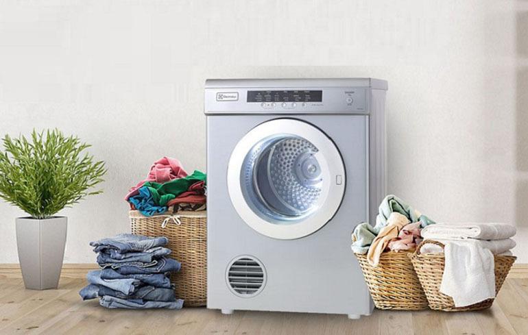 máy sấy quần áo chuyên dụng