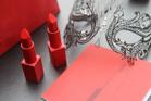 """5 cây SON ĐỎ cực HOT - bí quyết quà tặng Valentine """"đốn gục"""" trái tim phái đẹp"""