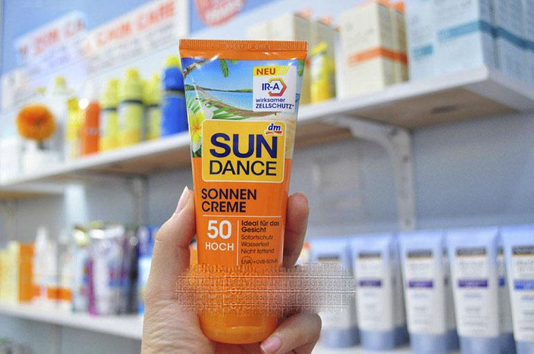 Kem chống nắng toàn thân Sundance SPF50 bảo vệ và chăm sóc làn da từ sâu bên trong