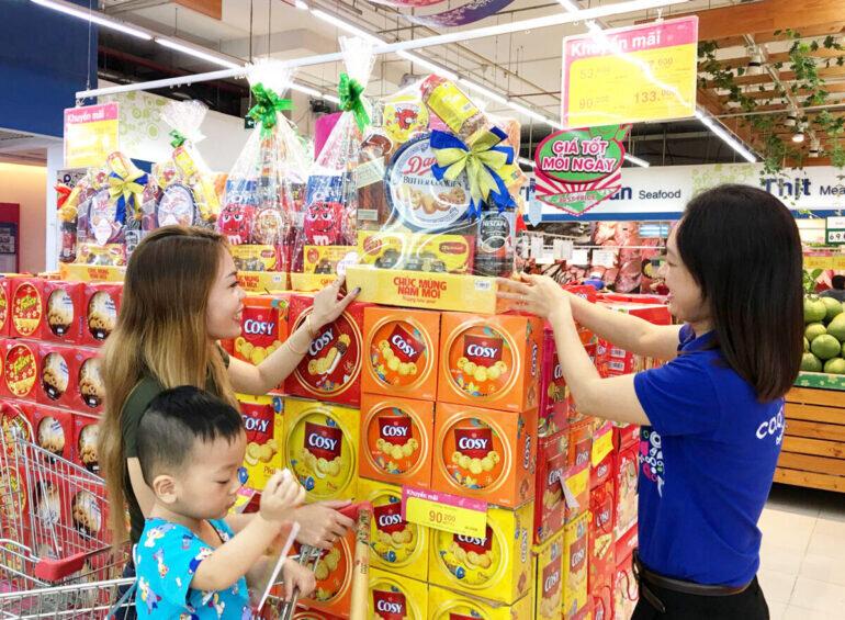 Cận Tết Nguyên Đán Tân Sửu 2021, tại các trung tâm, siêu thị