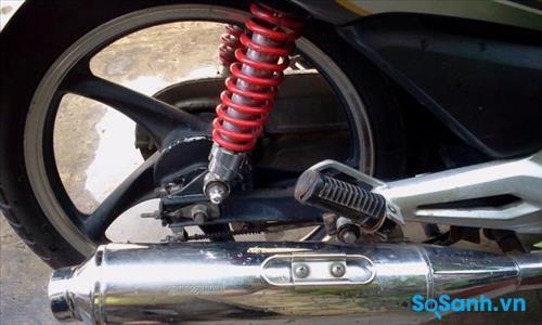 Honda Wave S có cả phiên bản vành đúc và vành nan hoa