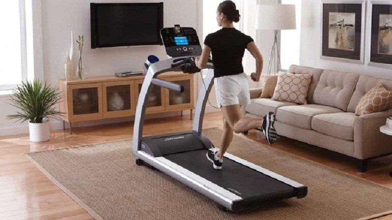 Ngày càng có nhiều người mua máy tập thể dục về nhà để tập luyện tại nhà