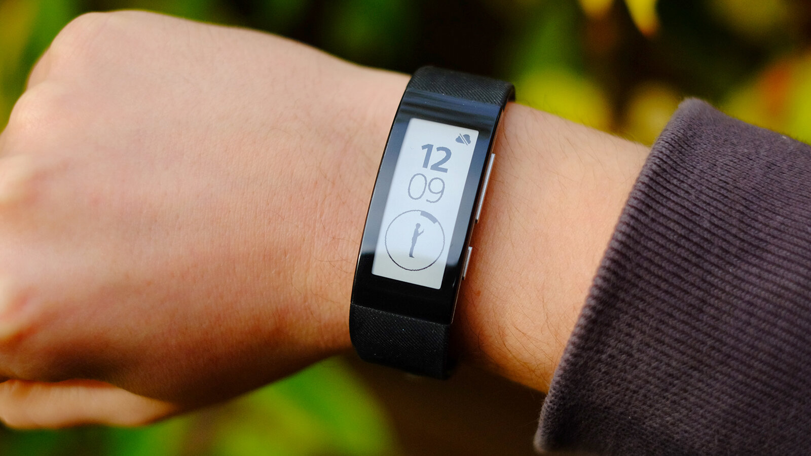 Cảm biến đo nhịp tim phía sau đồng hồ SmartBand 2