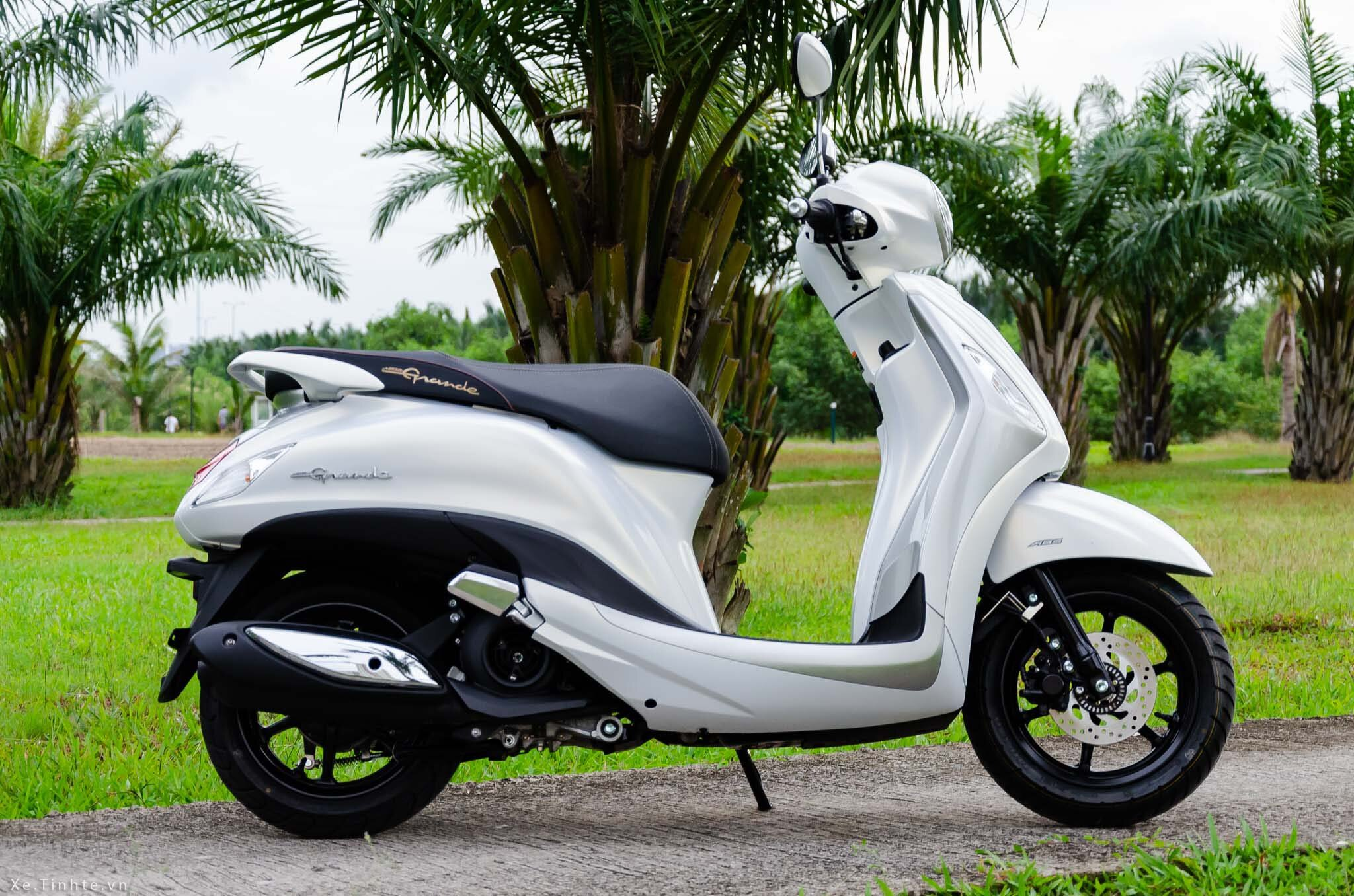 Xe tay ga nữ đẹp Yamaha Grande thanh lịch, nữ tính