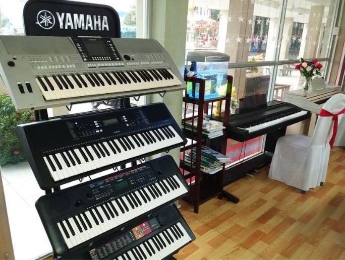 Có nên chọn đàn organ cho bé mới học nhạc có nhiều chức năng ?