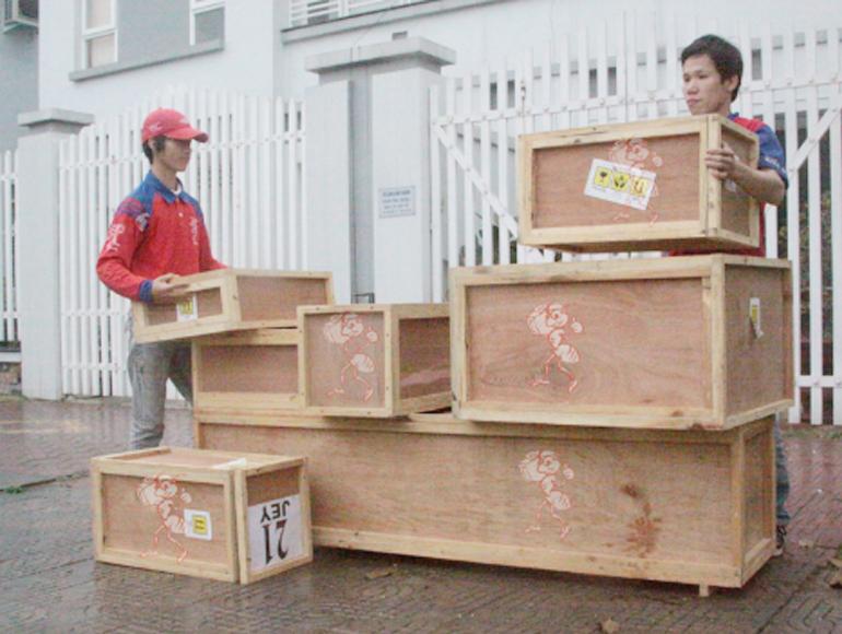 Nên đóng thêm thùng gỗ để hạn chế tình trạng vỡ, thất lạc, mất hàng