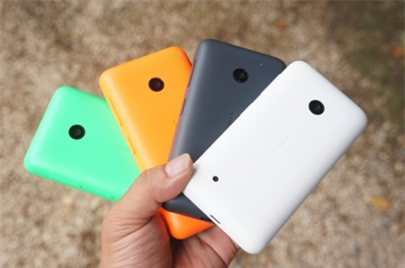 Máy có 4 màu sắc cho người dùng lựa chọn.
