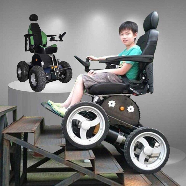 tính năng của xe lăn điện cho người khuyết tật