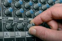 Khái niệm Stereo là gì, có bao nhiêu kênh, chất lượng hơn Mono không?