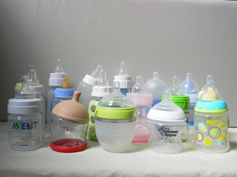 Kinh nghiệm chọn bình sữa và núm vú cho bé mẹ cần biết