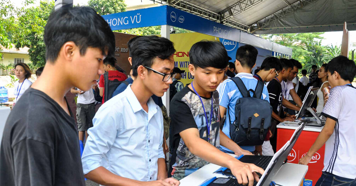 Kinh nghiệm chọn laptop giá rẻ phù hợp với sinh viên