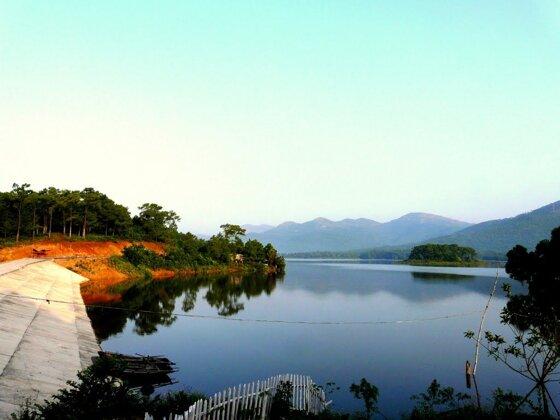 Kinh nghiệm du lịch Hồ Yên Trung Uông Bí Quảng Ninh 2016
