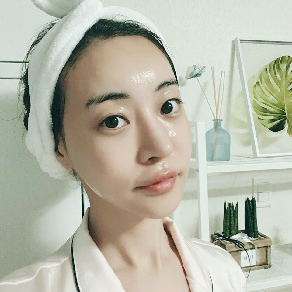 Trước buổi hẹn hò hãy đắp một loại mặt nạ dưỡng da có thể cung cấp đầy đủ dưỡng chất cho da