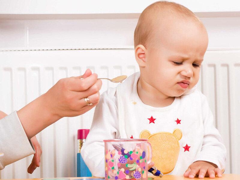 Trẻ biếng ăn dẫn đến chậm tăng cân, thấp còi