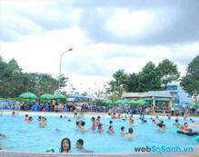 Tổng hợp giá vé bể bơi tại các quận nội thành Hà Nội