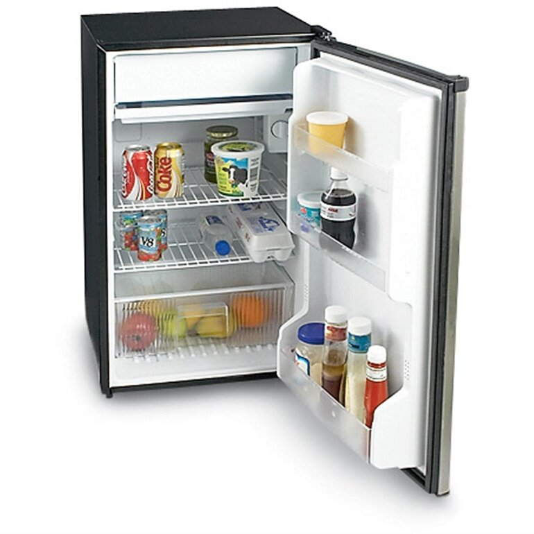Làm gì khi tủ lạnh Sanyo giá rẻ bị chảy nước ra sàn nhà?