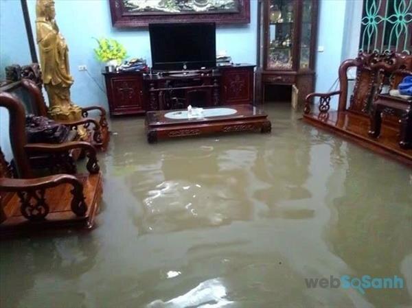 Làm sao để đảm bảo an toàn cho các thiết bị điện trong ngày mưa, ẩm..