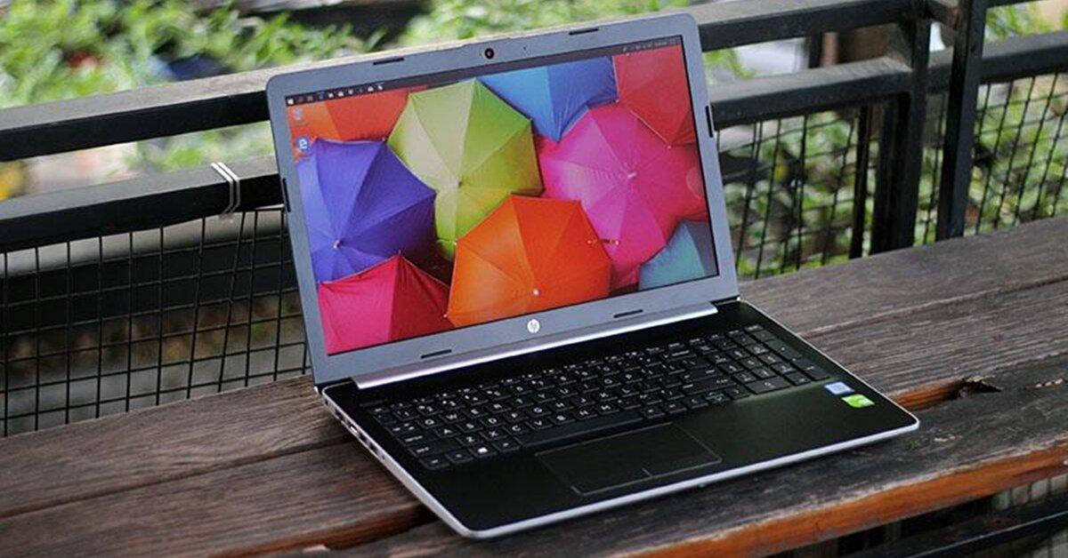 Laptop HP 15 DA0443TX: Chip Core i3 có card màn hình rời đủ để chơi game, làm việc