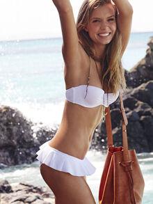 Những mẫu bikini hot 2016 chỉ ngắm thôi cũng muốn lao ngay ra biển