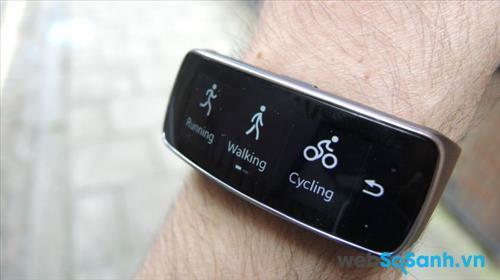 Đồng hồ thông minh Samsung Gear Fit Đồng hồ thông minh Samsung Gear Fit