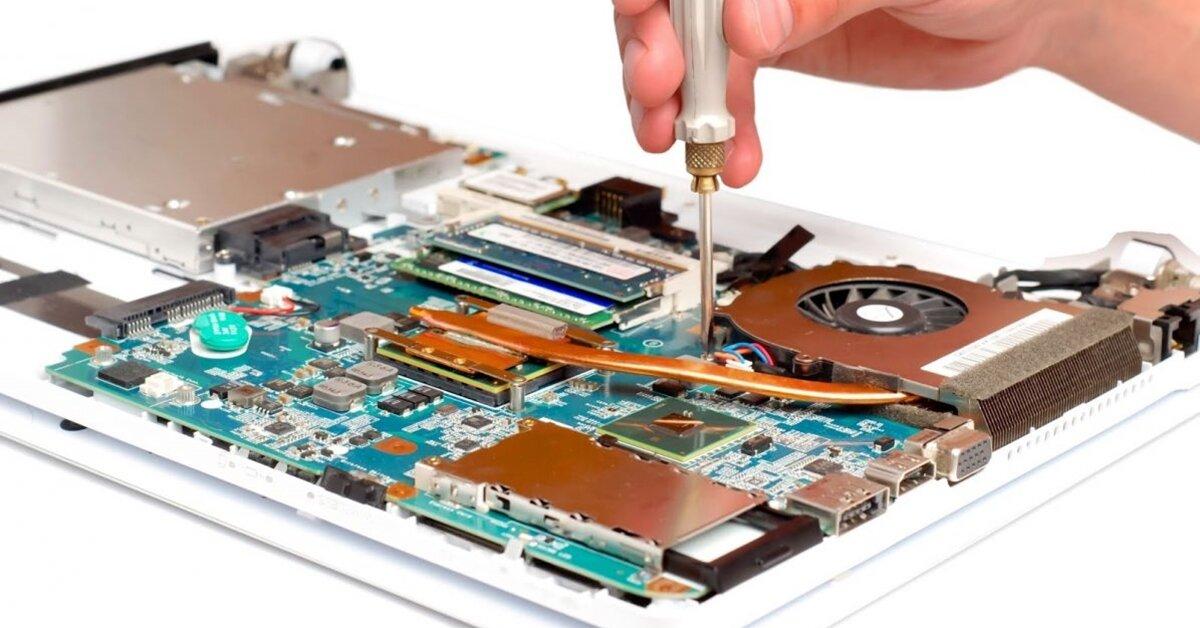 Lỗi main laptop: Nguyên nhân, giá sửa và những điều cần lưu ý