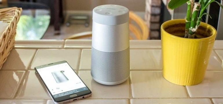 so sánh loa bose soundlink mini 2 và revolve