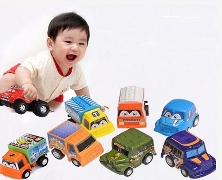 Đồ chơi ô tô cho bé 9 tháng-1 tuổi