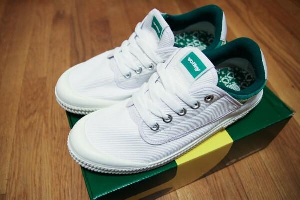 size 40 143c7 49863 Khi ngôi sao quần vợt người Úc Adrian Quist chiến thắng trong giải Davis  Cup vào năm 1939 với một đôi giày thuyền đi mượn. Mặc dù ngày nay hãng cho  ra ...