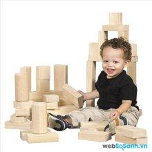 Lựa chọn đồ chơi phù hợp cho trẻ từ 12 – 24 tháng tuổi theo phương pháp giáo dục Montessori