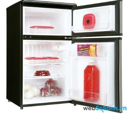 Tủ lạnh mini với ngăn làm đá khá dễ bị đóng tuyết