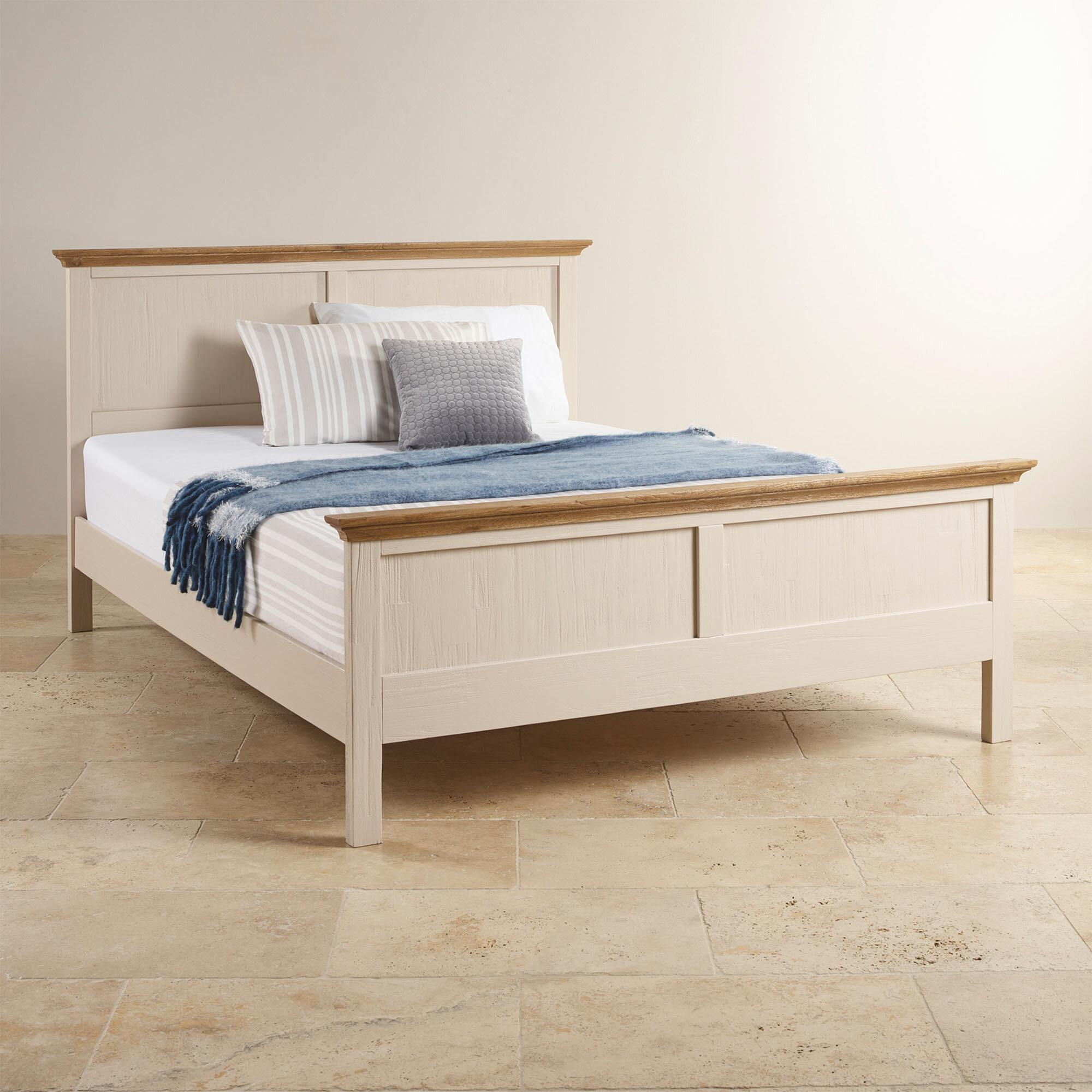 Mẫu giường đơn Cozino Sark sở hữu kết cấu thanh lịch và màu sắc nhã nhặn