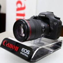 Máy ảnh DSLR Canon EOS 7D Body 18MP – Thách thức tất cả